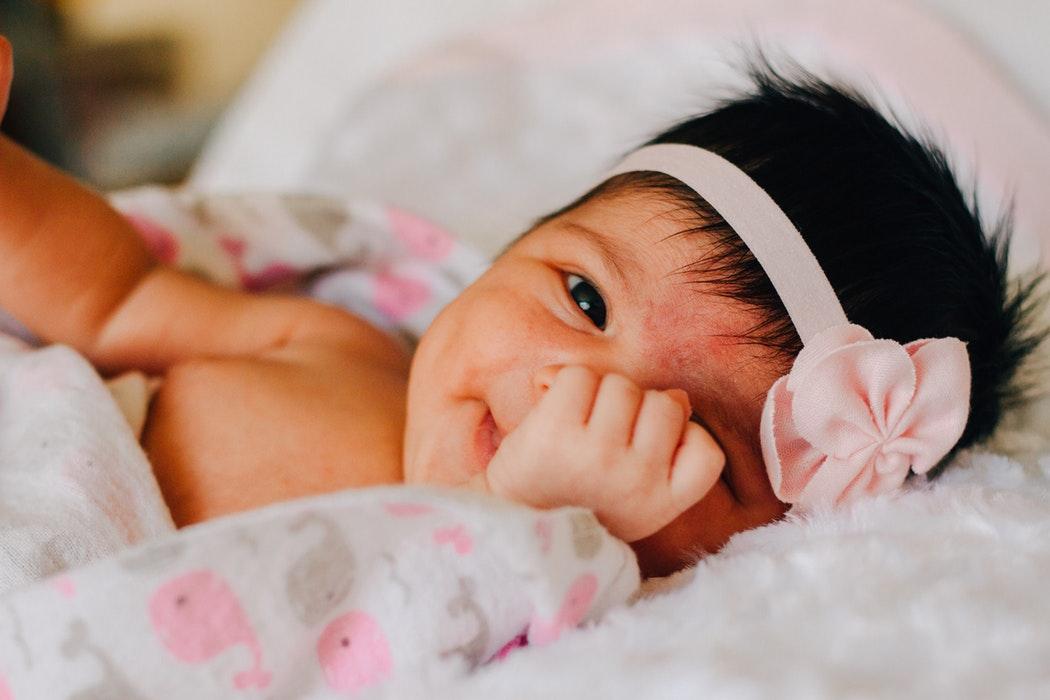 Bebek aknesi nedir, akne türleri, bebeklerde akneye ne neden olur?